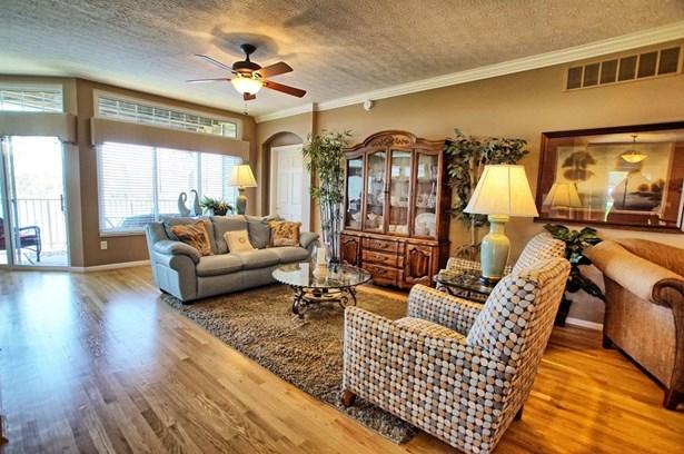 Condominium, Ranch - Maineville, OH (photo 4)