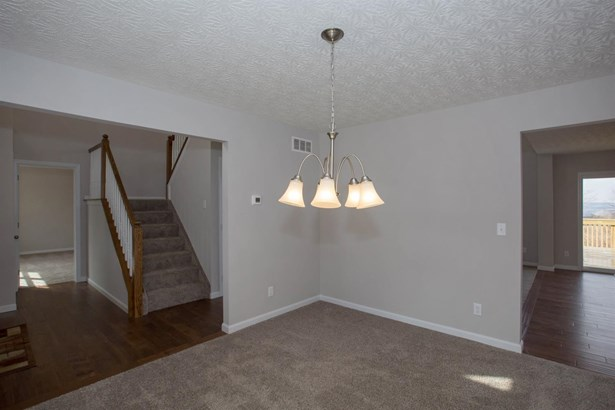 Single Family Residence, Traditional - Fairfield, OH (photo 3)