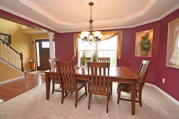 Transitional, Single Family Residence - Liberty Twp, OH (photo 4)