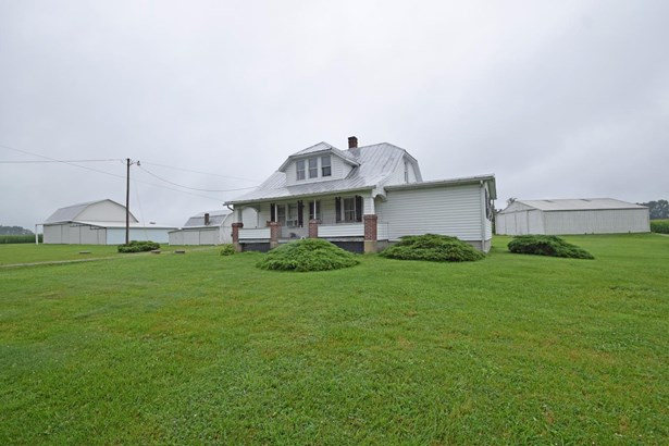 Cape Cod, Single Family Residence - Eagle Twp, OH (photo 2)