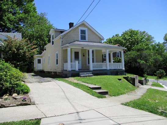 Single Family Residence, Traditional - Fairfax, OH (photo 3)