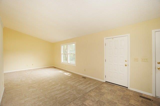 Transitional, Single Family Residence - Oxford, OH (photo 3)