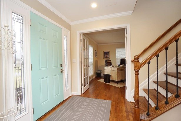 Single Family Residence, Traditional - Fairfield Twp, OH (photo 3)