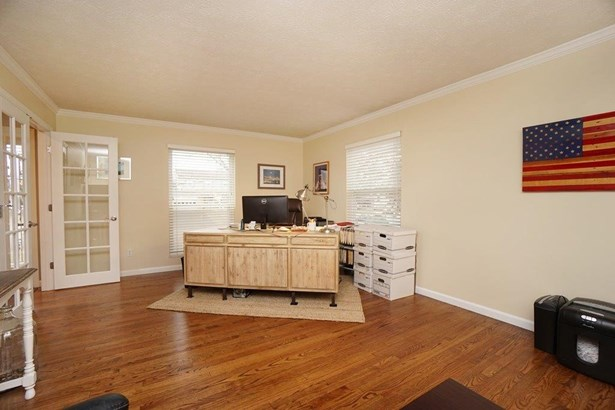 Single Family Residence, Traditional - Fairfield Twp, OH (photo 4)