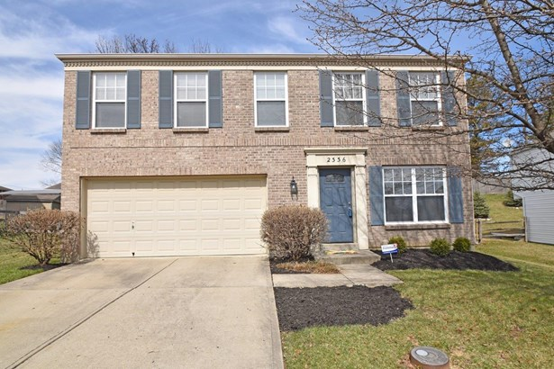 Single Family Residence, Traditional - Springfield Twp., OH (photo 2)