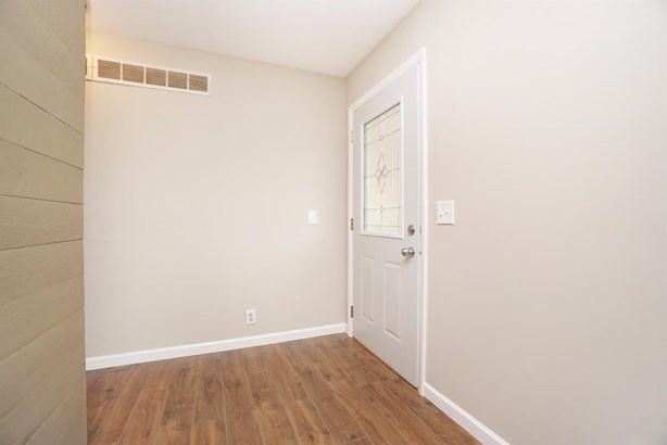 Single Family Residence, Ranch - Reading, OH (photo 3)