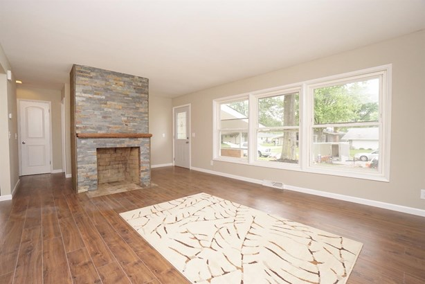 Single Family Residence, Ranch - Reading, OH (photo 5)