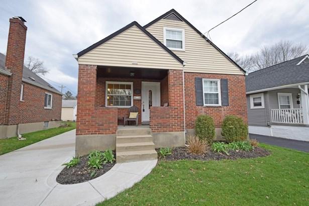 Cape Cod, Single Family Residence - Fairfax, OH (photo 1)