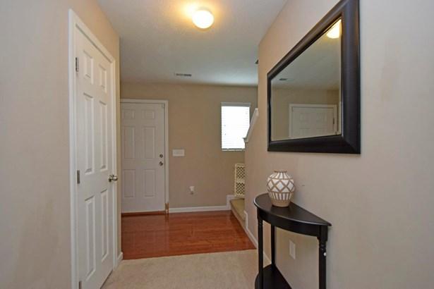 Transitional, Single Family Residence - Goshen Twp, OH (photo 4)