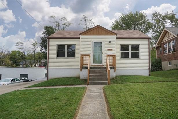 Single Family Residence, Ranch - Cheviot, OH (photo 1)