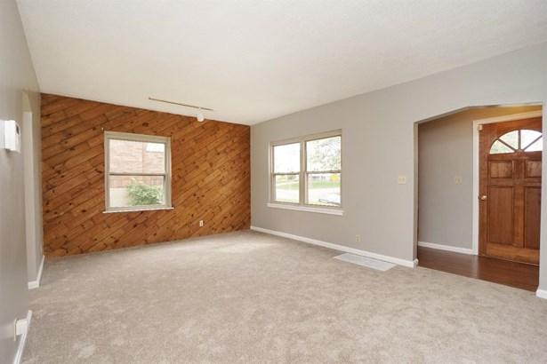 Single Family Residence, Ranch - Cheviot, OH (photo 5)
