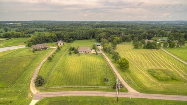 Single Family Residence, Ranch - Turtle Creek Twp, OH (photo 3)