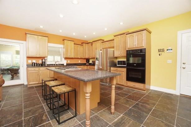 Single Family Residence, Ranch,Transitional - Hamilton, OH (photo 4)