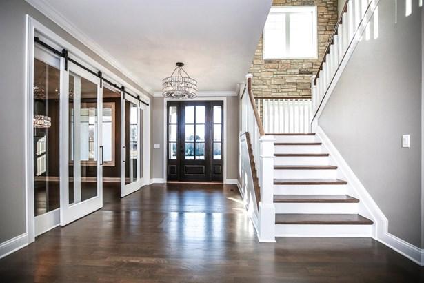 Transitional, Single Family Residence - Mason, OH (photo 4)