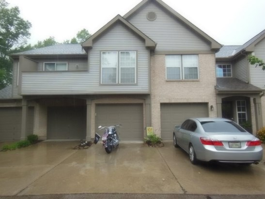 Transitional, Condominium - Sharonville, OH (photo 1)
