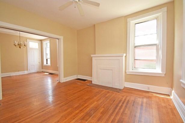 Single Family Residence, Victorian - Cincinnati, OH (photo 5)