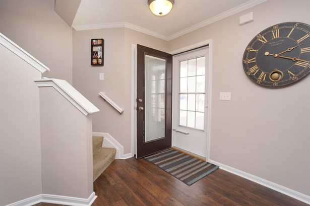 Transitional, Single Family Residence - Maineville, OH (photo 3)