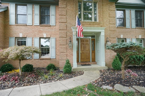 Single Family Residence, Traditional - Symmes Twp, OH (photo 2)