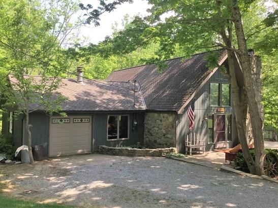 Transitional, Single Family Residence - Washington Twp, OH (photo 2)