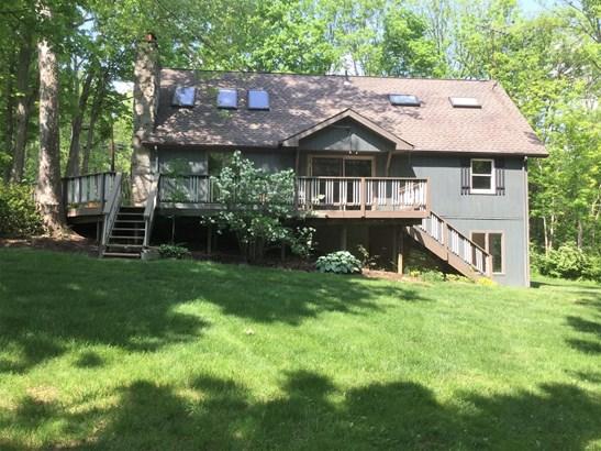 Transitional, Single Family Residence - Washington Twp, OH (photo 4)