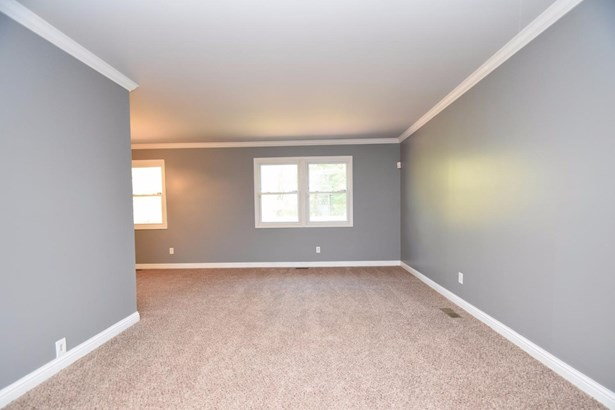 Ranch,Traditional, Single Family Residence - Springfield Twp., OH (photo 3)