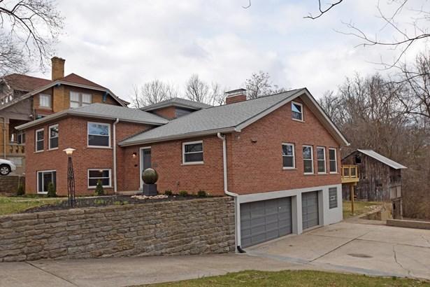 Single Family Residence, Contemporary/Modern,Transitional - Cincinnati, OH (photo 1)
