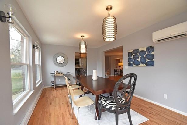 Single Family Residence, Contemporary/Modern,Transitional - Cincinnati, OH (photo 5)