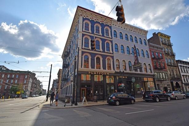 Condominium, Historical - Cincinnati, OH