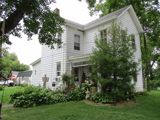 Single Family Residence, Traditional - Wayne Twp, OH (photo 1)