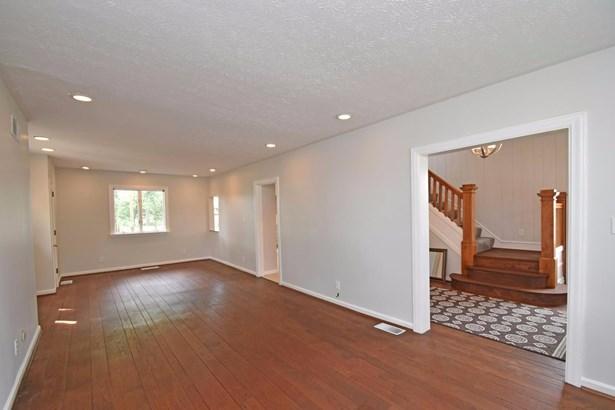 Single Family Residence, Traditional - Norwood, OH (photo 5)