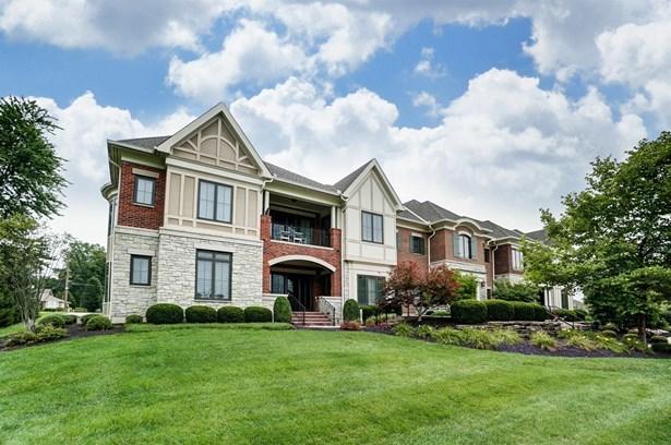 Condominium, Traditional - Blue Ash, OH