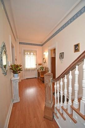 Single Family Residence, Traditional,Victorian - Cincinnati, OH (photo 3)