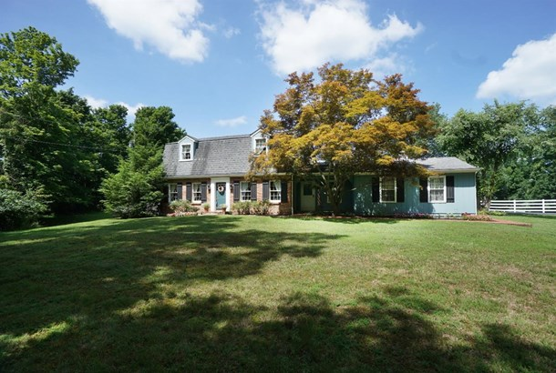 Single Family Residence, Traditional - Stonelick Twp, OH