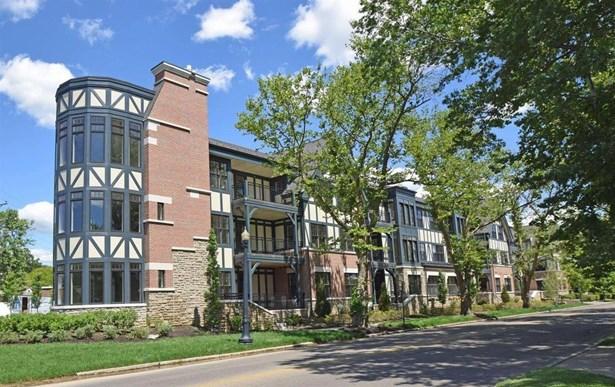Tudor, Condominium - Mariemont, OH (photo 1)
