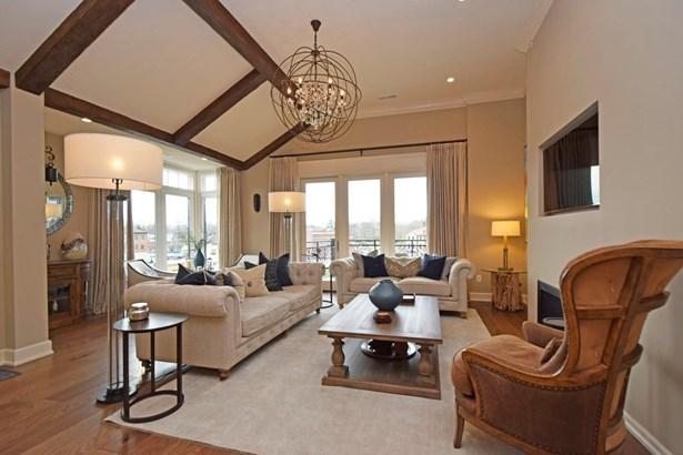 Tudor, Condominium - Mariemont, OH (photo 4)