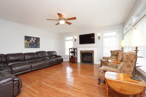 Single Family Residence, Traditional - Springboro, OH (photo 5)