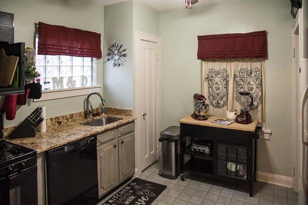 Cape Cod, Single Family Residence - Cincinnati, OH (photo 5)