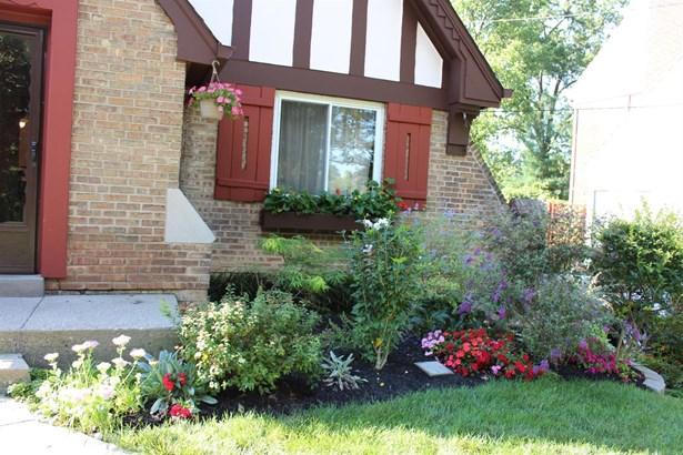Tudor, Single Family Residence - Cincinnati, OH (photo 3)