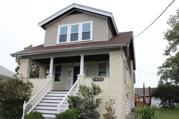 Transitional, Single Family Residence - Norwood, OH (photo 1)