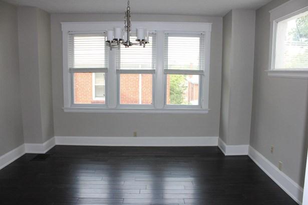 Transitional, Single Family Residence - Norwood, OH (photo 3)