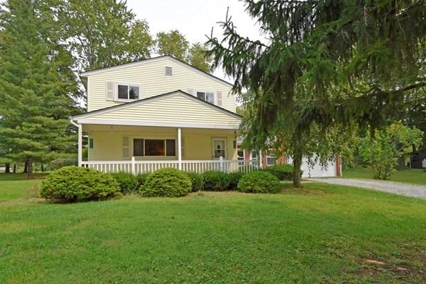 Single Family Residence, Traditional - Goshen Twp, OH (photo 1)