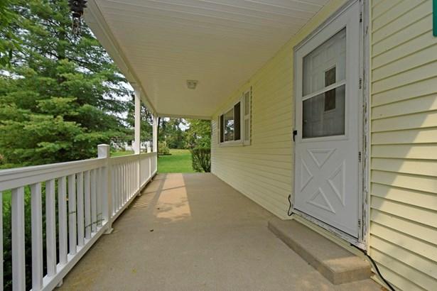 Single Family Residence, Traditional - Goshen Twp, OH (photo 3)