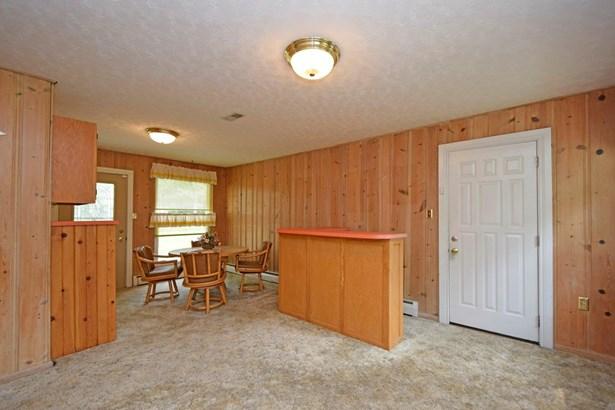 Single Family Residence, Traditional - Goshen Twp, OH (photo 4)