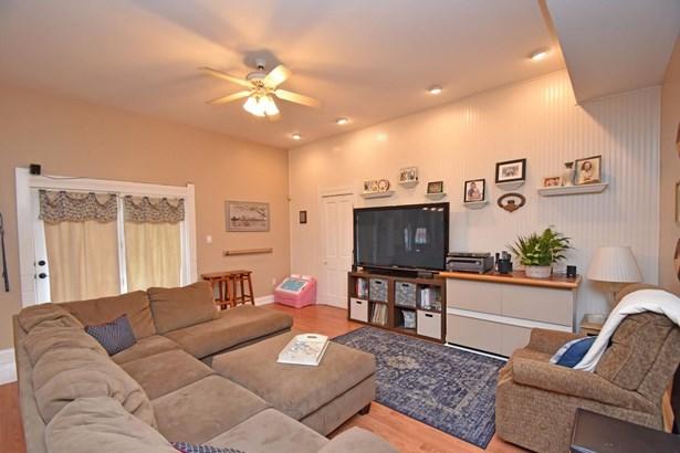 Single Family Residence, Traditional,Victorian - Cincinnati, OH (photo 4)