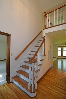 Single Family Residence, Colonial - Union Twp, OH (photo 2)