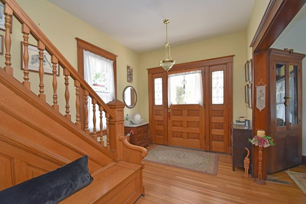 Colonial,Traditional, Single Family Residence - Norwood, OH (photo 4)