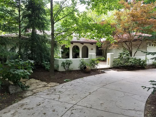 Single Family Residence, Mission - Glendale, OH (photo 1)