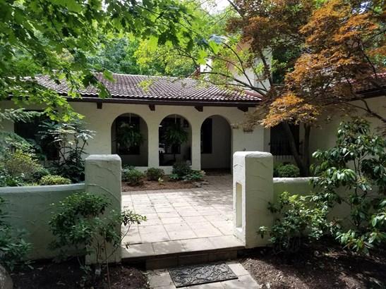 Single Family Residence, Mission - Glendale, OH (photo 2)