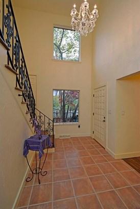 Single Family Residence, Mission - Glendale, OH (photo 4)