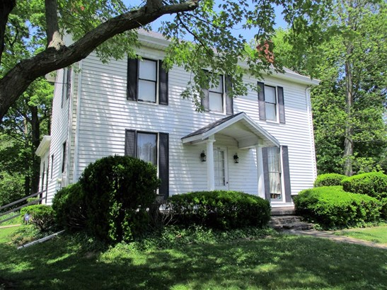 Single Family Residence, Traditional - Milford, OH (photo 2)